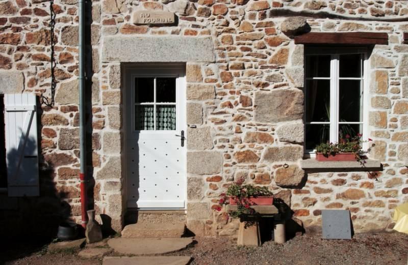 Porte d 39 entr es bois martigues et bouches du rh ne for Rideau de porte d entree exterieure