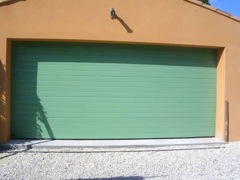 Pose de porte de garage alu enroulable martigues et bouches du rh ne crystal profils - Porte de garage 4m de large ...